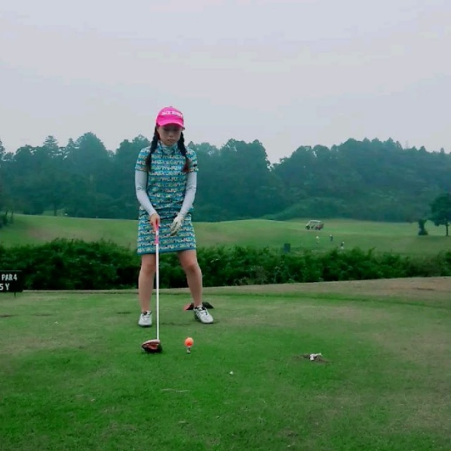 うん、いいねっ‼️😆  なのに… 110の壁〰️😭  また〰️😖⁉️⤵️ +4だよね… バンカーだよね… そう、わかってる。。。  #ゴルフ #ゴルフ女子 #ゴルフ仲間  #ドライバーショット #ゴル友 #ゴルジョモ #110の壁 #千葉桜の里ゴルフクラブ #jackbunny #ワンピース #ゴルフウエア #goodholiday #golf #niceshot #enjoygolf  #サマンサゴルフ部 #はたらくmuse #vg_fashion
