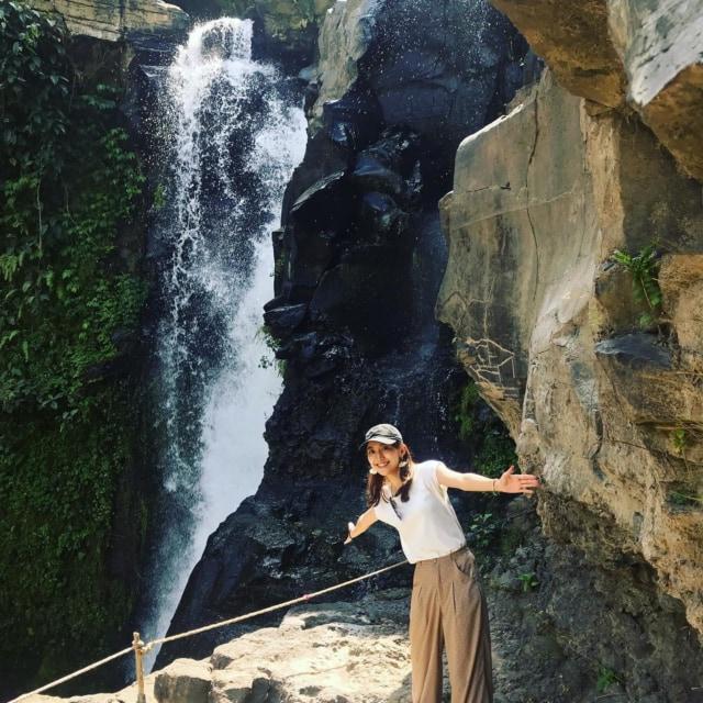 Tegenungan Waterfall  パワースポットでエネルギーチャージ。#tegenunganwaterfall #Waterfall #パワースポット #滝 #bali  #indonesia #インドネシア #バリ島 #インドネシア旅行 #海外旅行 #東南アジア #海外 #女子旅 #ひとり旅 #旅行好き #タビジョ #tabijo #マイトリ #旅好きな人と繋がりたい #旅色アンバサダー  #travelgram #はたらくmuse